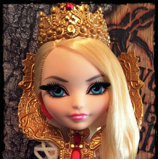 Who is Bia Ever After High Barboza Barboza?