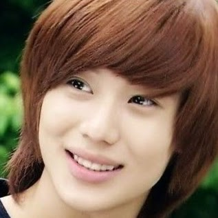Who is Taemin Lee?