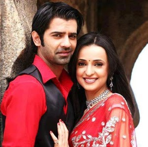 Who is kushi arnav?