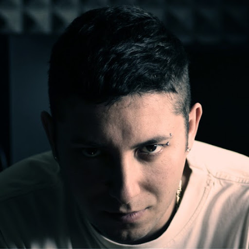 Who is LOCARINI Dj/Producer (OfficialPage)?