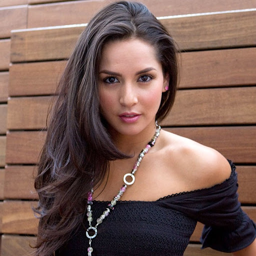 Who is Carmen Villalobos?