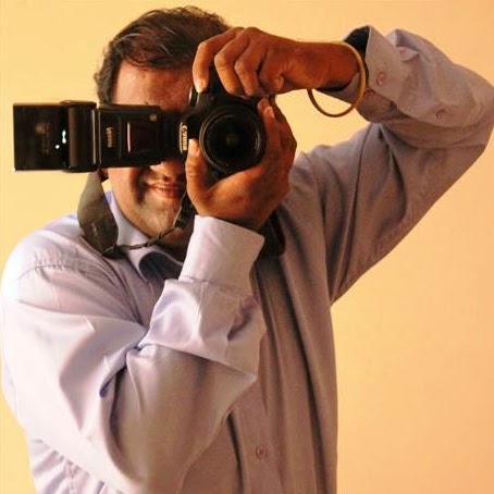 Who is Ashish Kamat (ashu cam photoholic)?