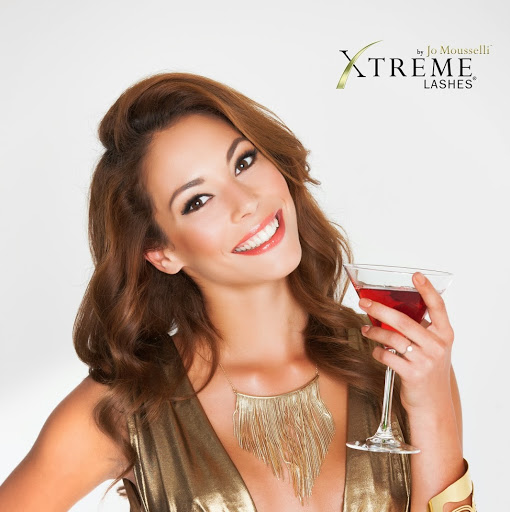 Who is Xtreme Lashes România?