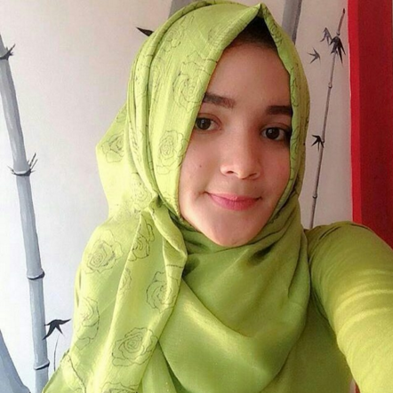 Fitri Syafia about, contact, instagram, photos