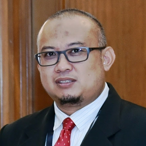 Who is Redzuan Abdul Rahim?