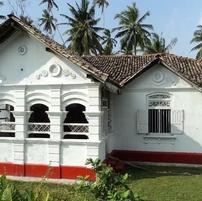 Who is LANDS AND HOUSES FOR SALE OR RENT IN SRI LANKA?