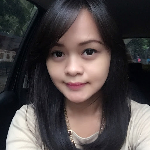 Who is siska febryana?