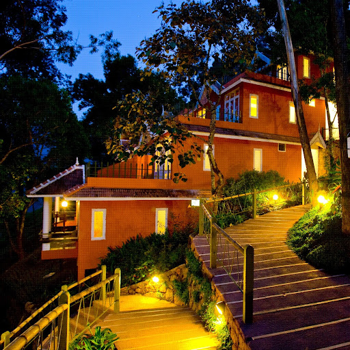 Who is teavalleyresort munnar?