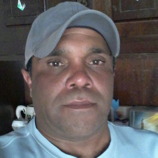 Who is Cesar moreira souza Moreira?