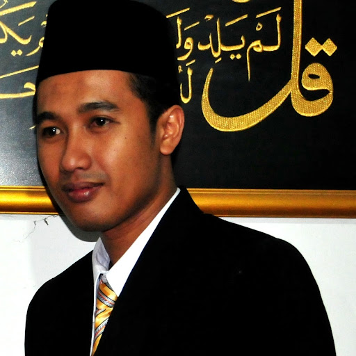 Who is Iwan Rahdianto?