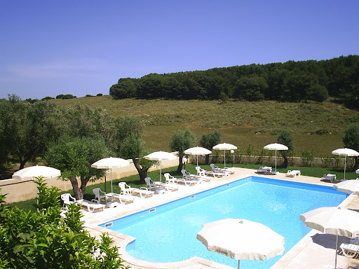 Who is Hotel e Ristorante Masseria Bandino?