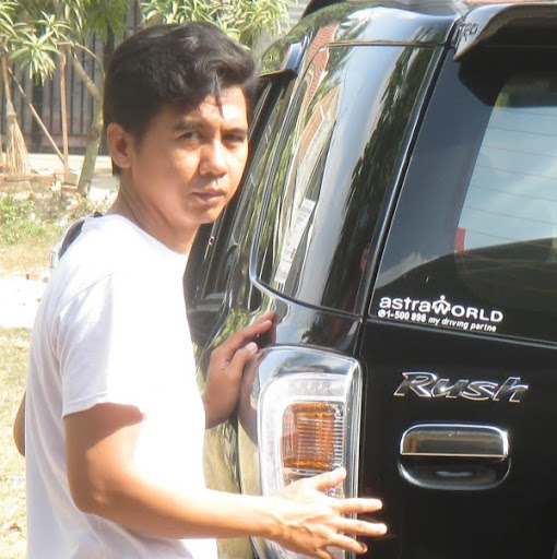 Who is Dwi Purwanto?
