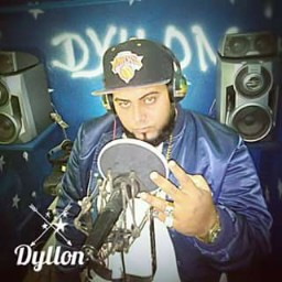 Who is Dyllon La bestia produciendo?