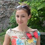 Who is Kamelia Ninakova?